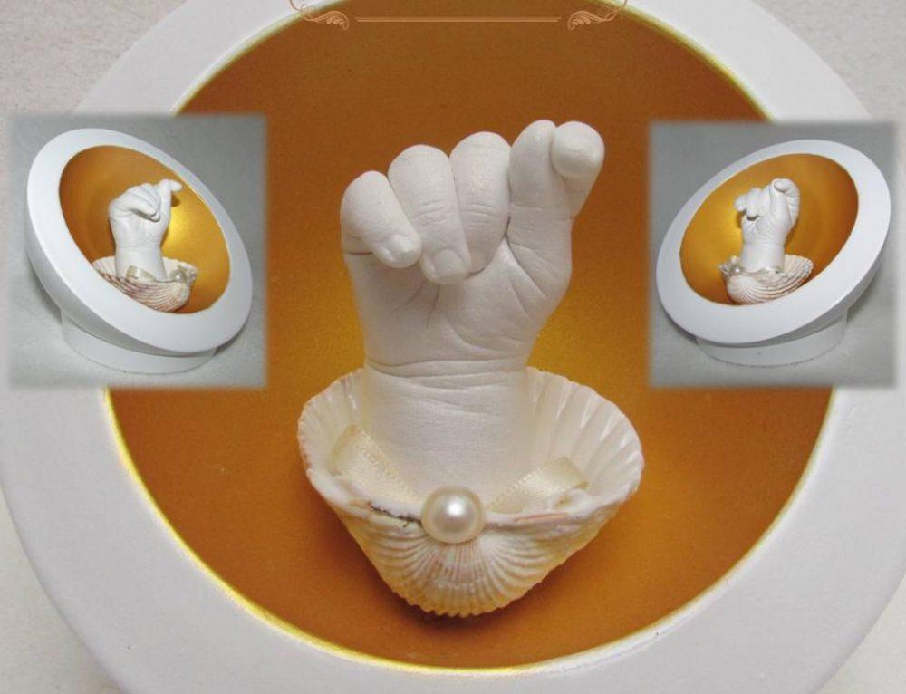 Kleine Venus: Händchen in Muschelschale